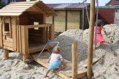 Das Spielhaus mit Steg